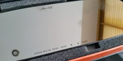 Mio MiVue Mirror R30 wideorejestrator w lusterku