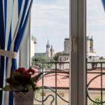 Kolorowe Poddasze Pokoj Bialo Niebieski Krakow Batorego 4 ForumWiedzy (4)
